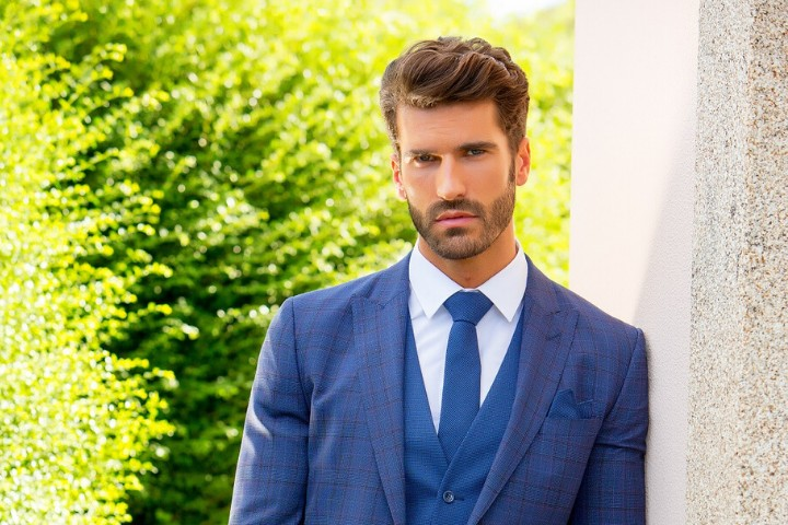 Request information about Torre Uomo Mens Suits